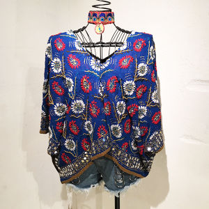 Embroidery Poncho / 2