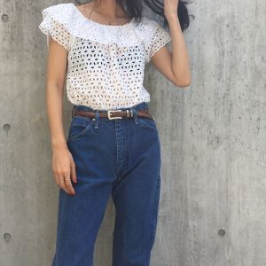 90's White cutwork tops