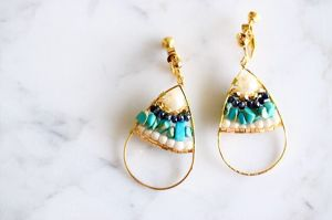 Drop turquoise stone earring