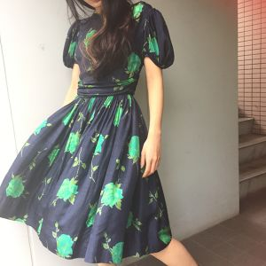 50's green rose dress