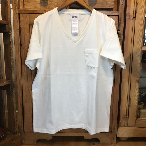 "BLURHMS""Re-Twist Circle Pocket V-neck Tee""(OFF WHITE, GREY)"