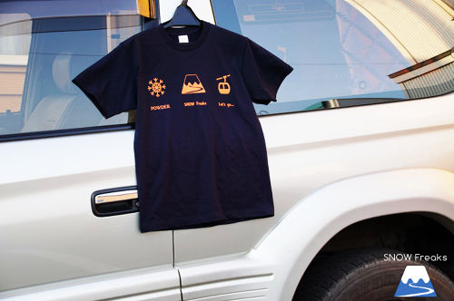 "【20%off】""Let's go"" T-shirts Navy×Orange"