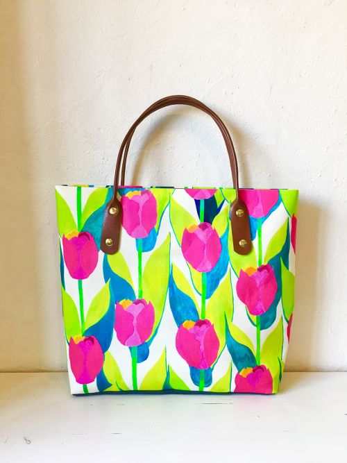 Tulips / square bag