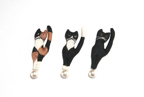 tamanori cat brooch