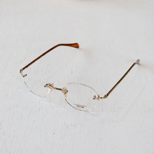 OP-679 Vintage  OLIVER PEOPLES