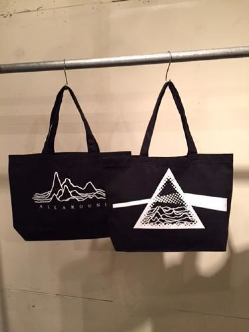 W FACE CANVAS TOTE (BLACK)