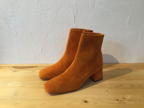 "MAISON EUREKA "" SQUARE TOE SHORT BOOTS "" ORANGE"