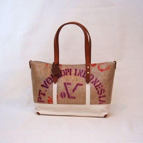 HAMPU TOTE M/white・Indonesia