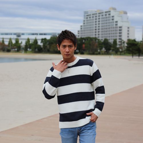 Over border KNIT