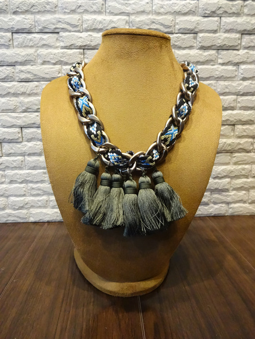 Tassel Necklace 05506