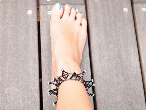 Three-dimensional Toge ANKLET[Black]