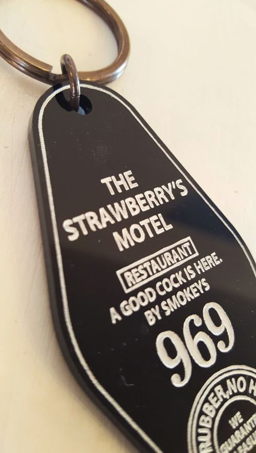 smokeywood MOTEL KEY