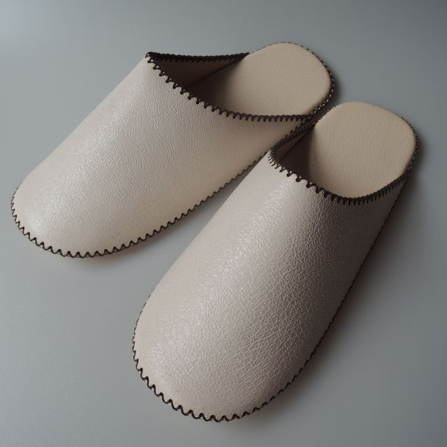TOKYO Lether simple slippers [White] Chrome-free