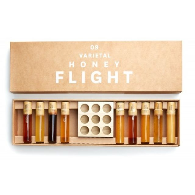 BEE RAW Nine Varietal Honey Flight Case of Four 9種類Raw Honey 生はちみつ ギフトセット