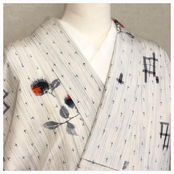★紬 小紋 実 絣 丈160 白系 正絹 ★縁ちゃぶ 2813