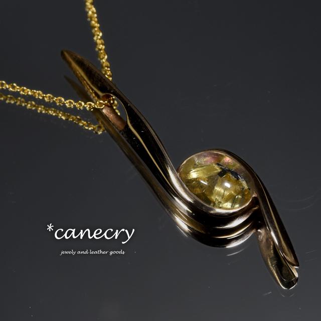 ルチルクォーツ×パウア貝のネックレス