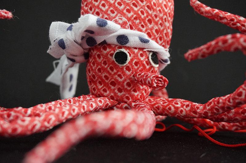 着物、和服の古布人形「TAKO」 - 画像1