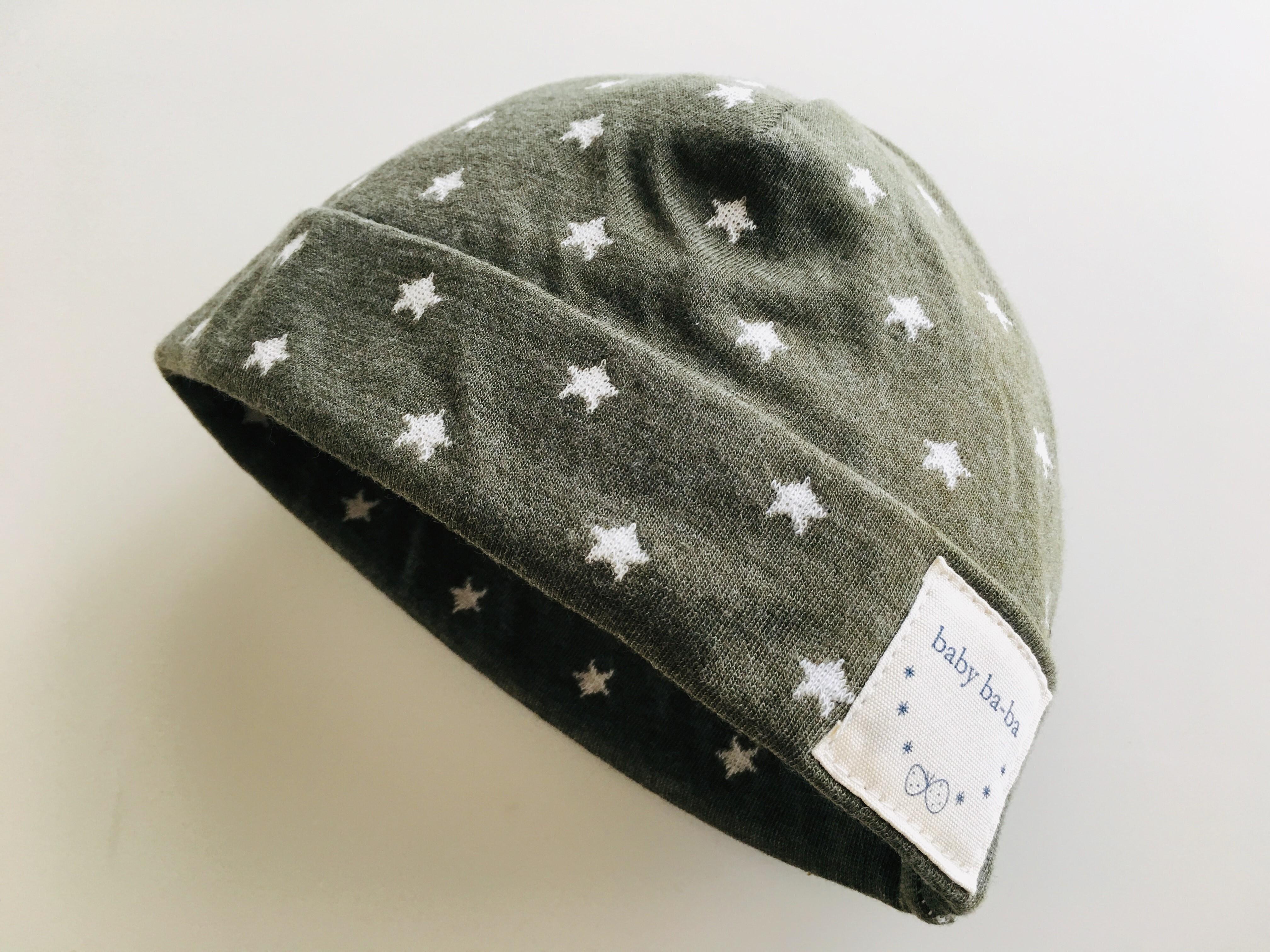 ベビー帽子スムースニット グレー星柄