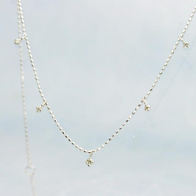 小粒ダイヤモンド 7個のペンダントネックレス K18ホワイトゴールド 40cm