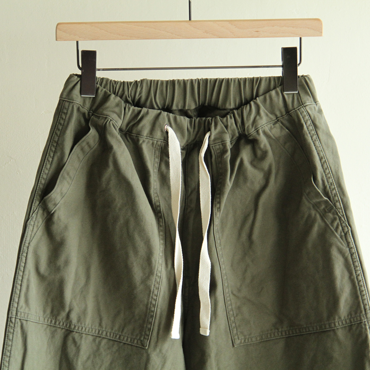 H.UNIT【 mens 】backsatin crownsize baker pants