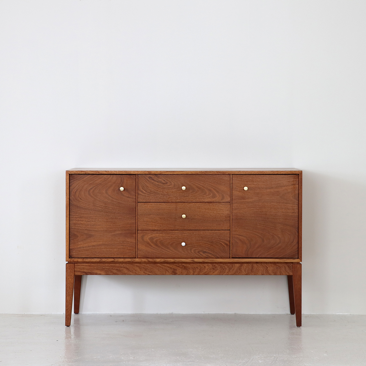 Sideboard / Uniflex / Peter Hayward