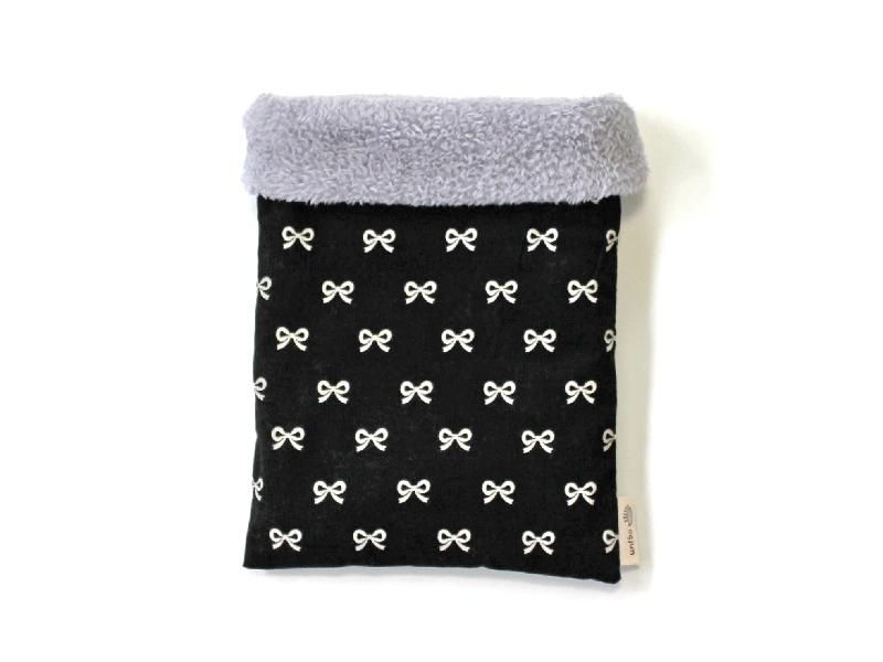 ハリネズミ用寝袋 M(冬用) コーデュロイ×ボアフリース リボン ブラック