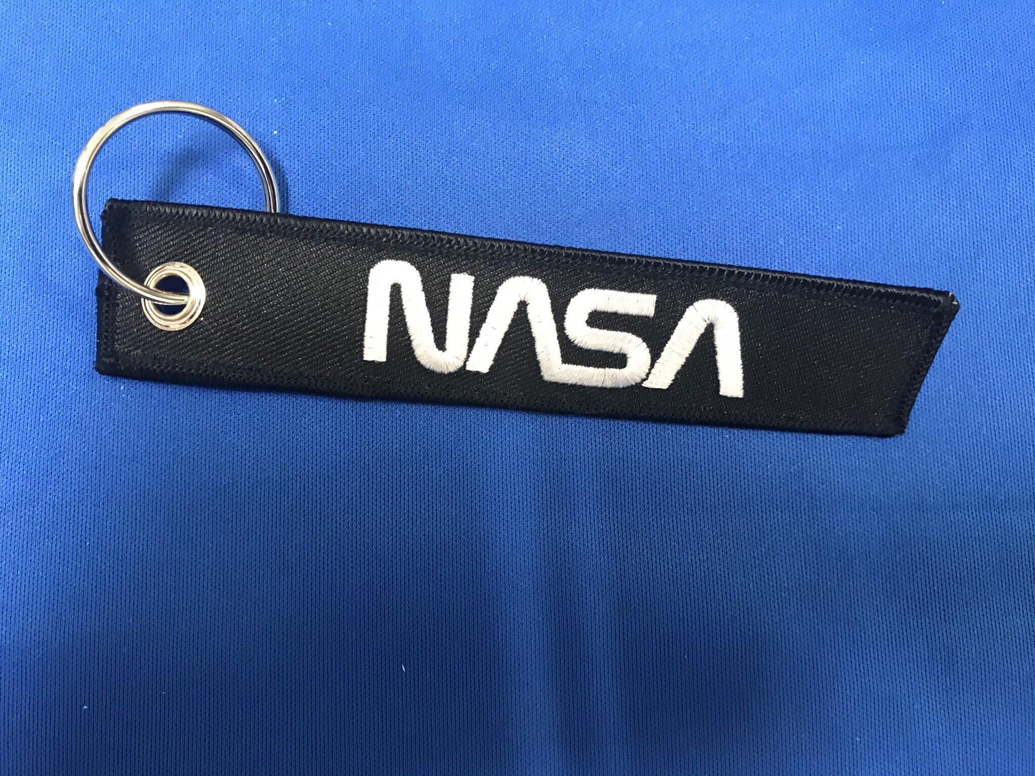 RemoveBeforeLaunchキーホルダー NASA
