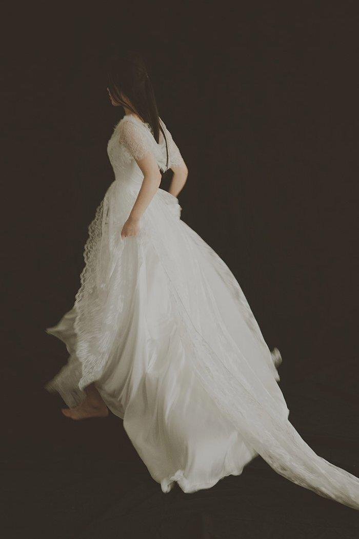 dw_b_26【DearWhite】ウェディングドレス Aライン プリンセス エンパイア デコルテ 結婚式 披露宴 二次会 パーティーウェディングドレス・カラードレス・サイズオーダー格安オーダーメイド
