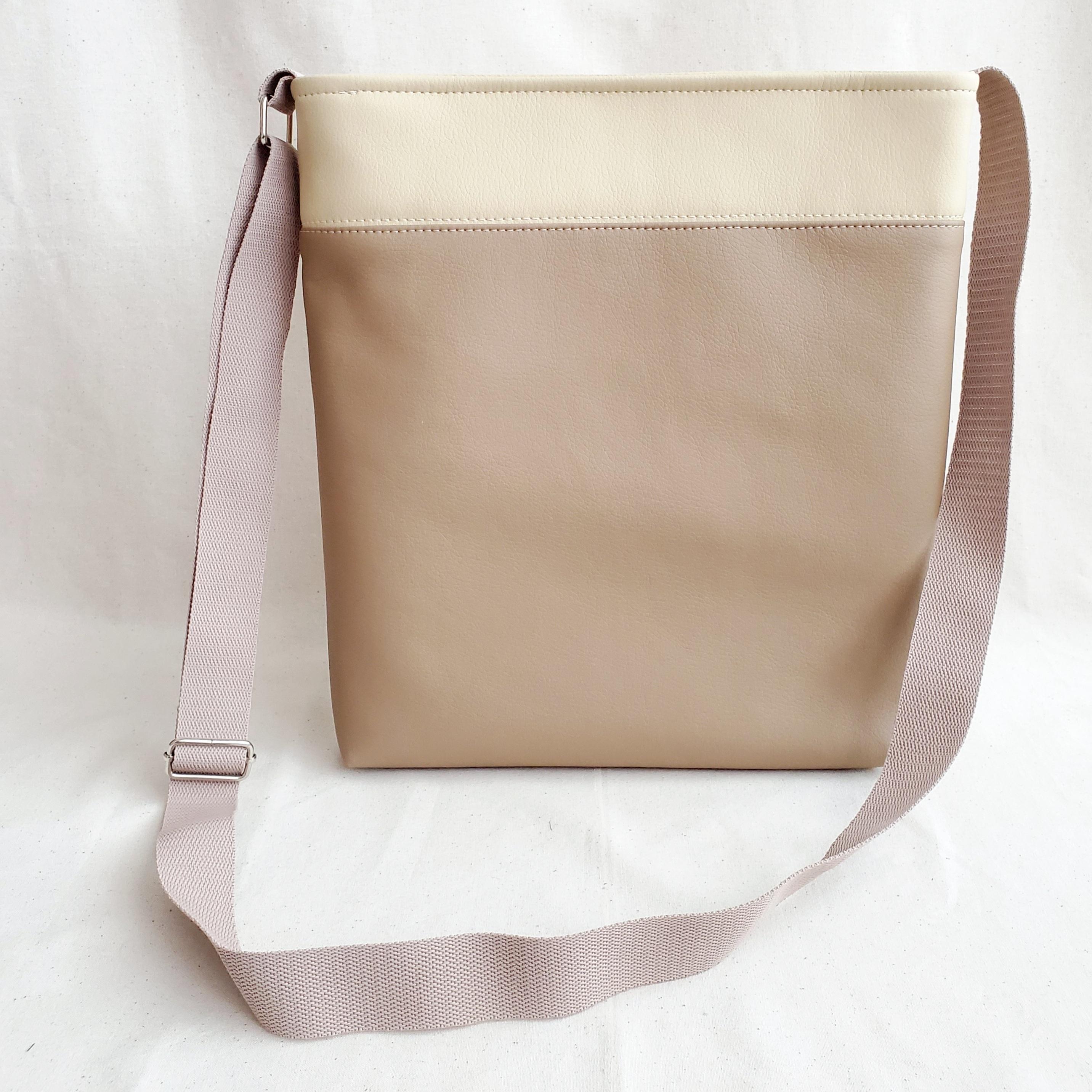 ロゼッタ柄のショルダーバッグ