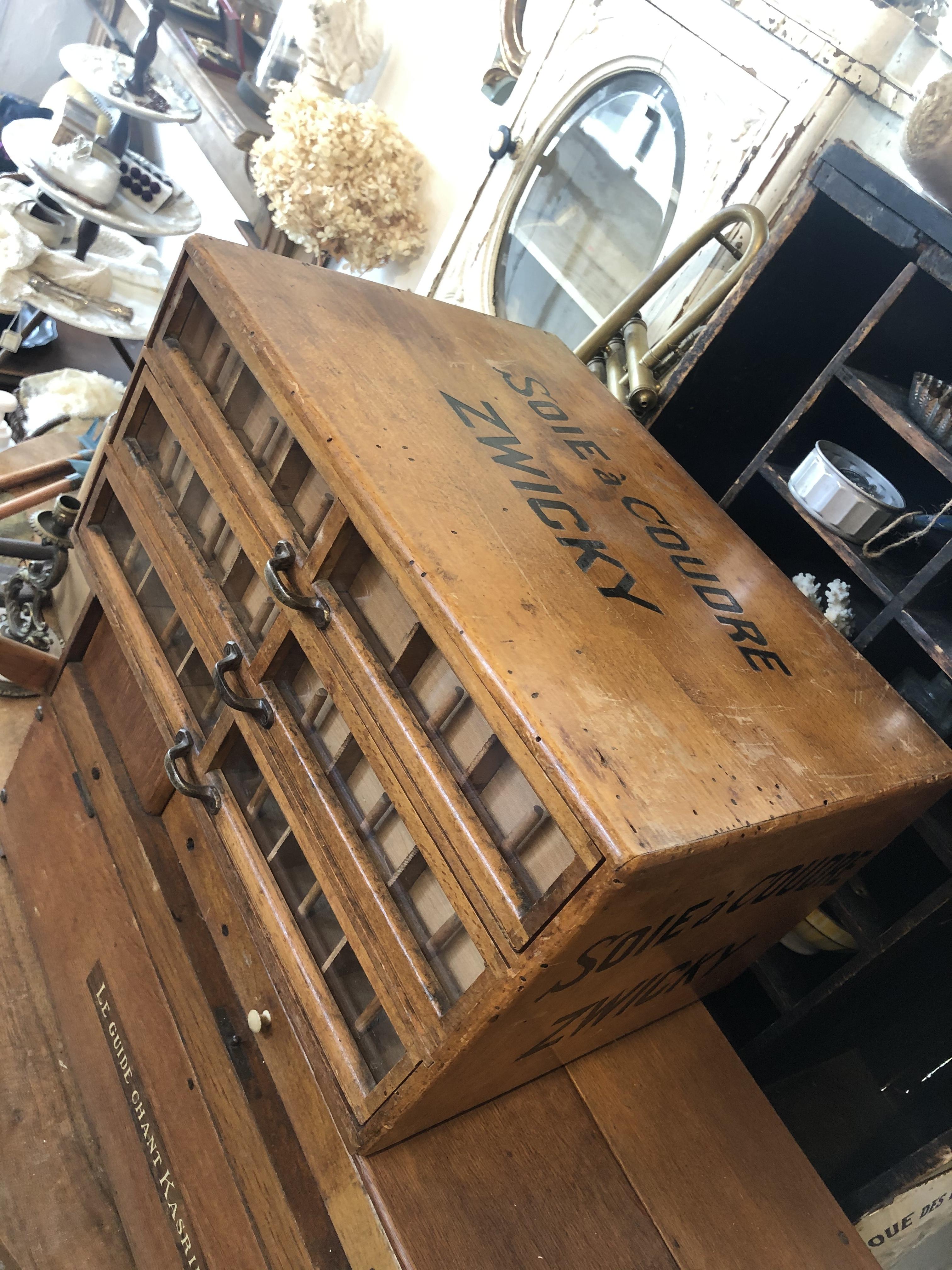 木製3段 スプールキャビネット引出し棚 ショーケース