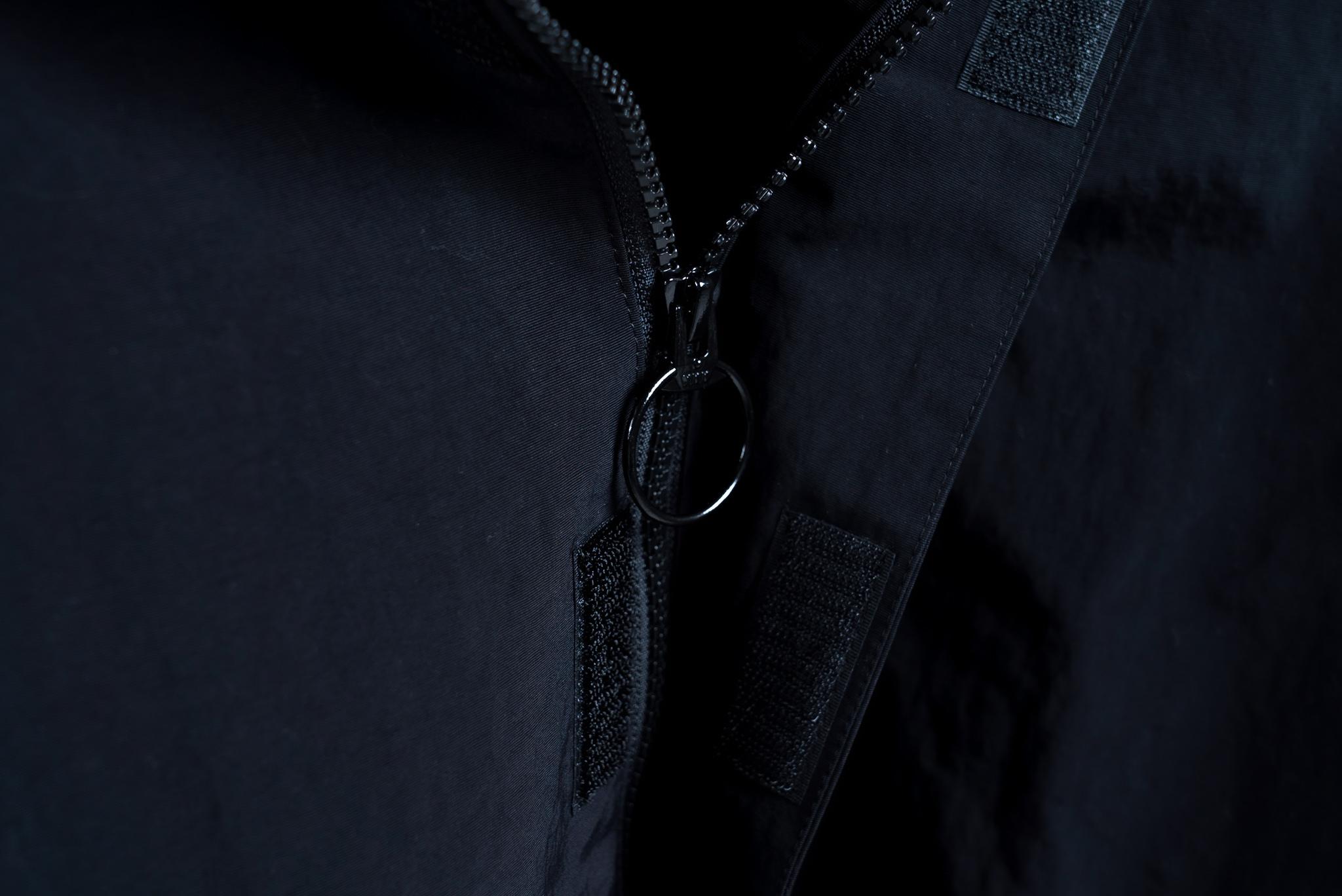 BLAZZ Anorak / Made in JAPAN -BLACK x PINK-
