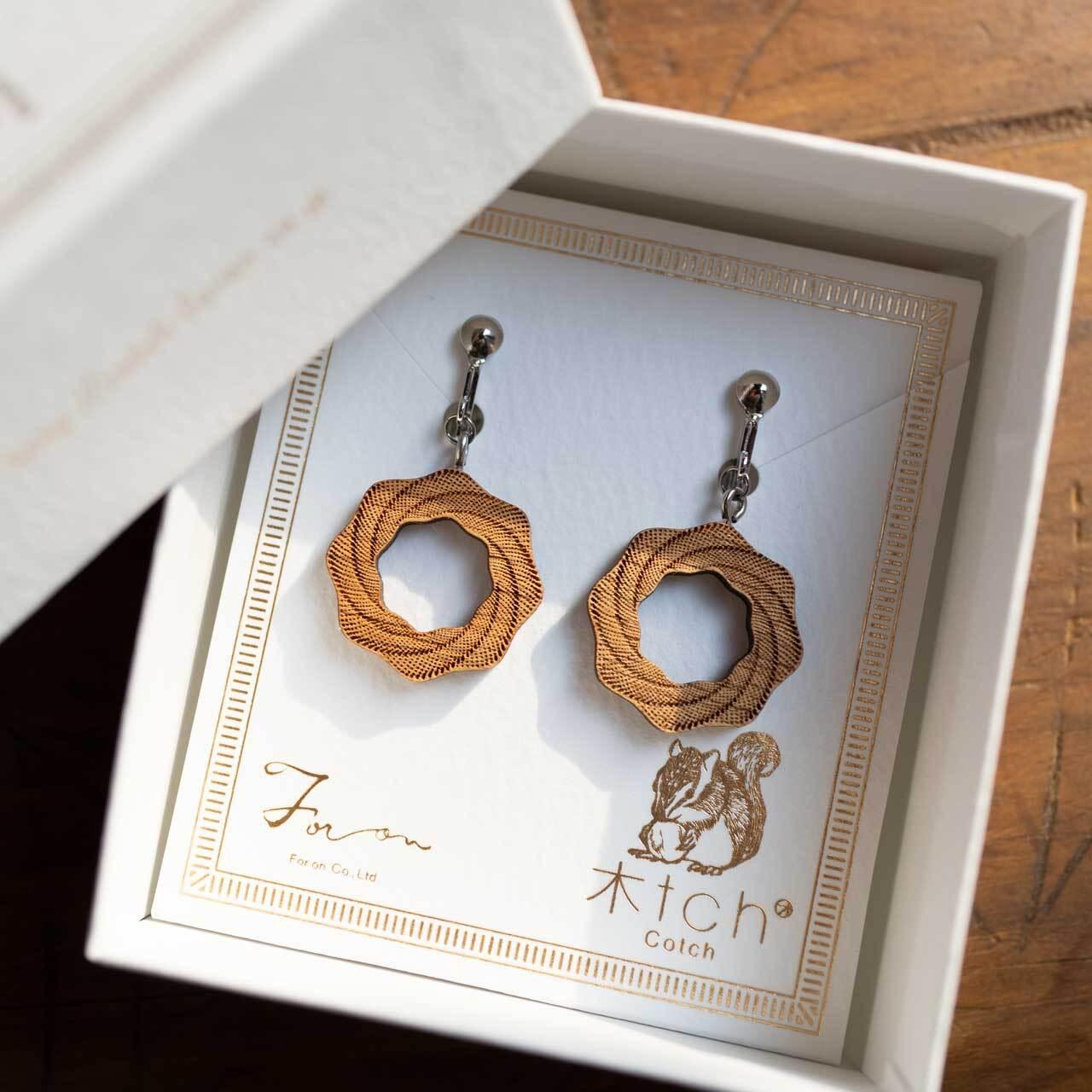 whirlpool / 渦潮(Pierced Earring Hang)