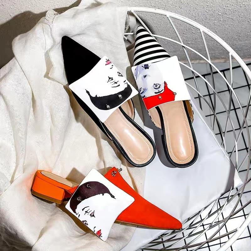 lady print design shoes