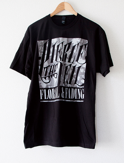【PIERCE THE VEIL】Floral Fading T-Shirts (Black)