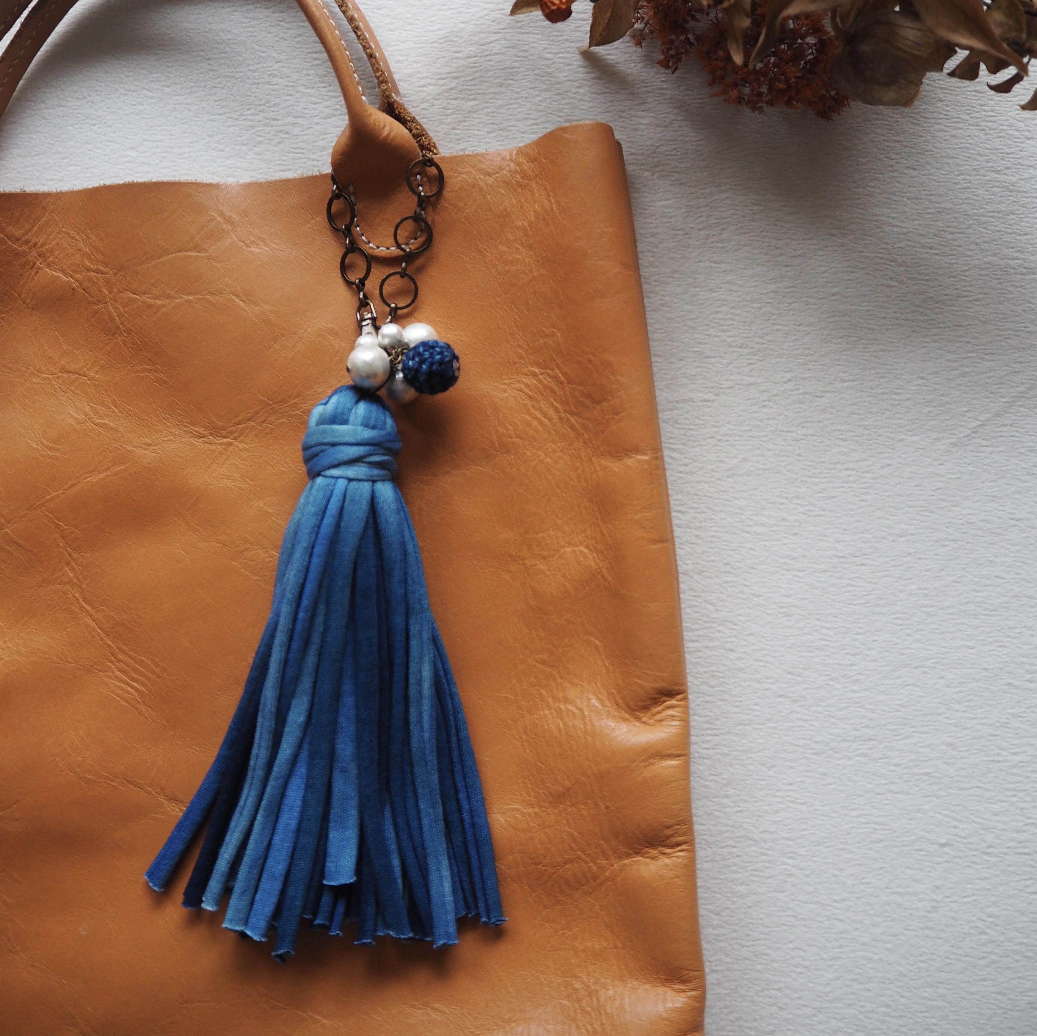 藍染め Mix Blue タッセルチャーム Crochet&Pearl