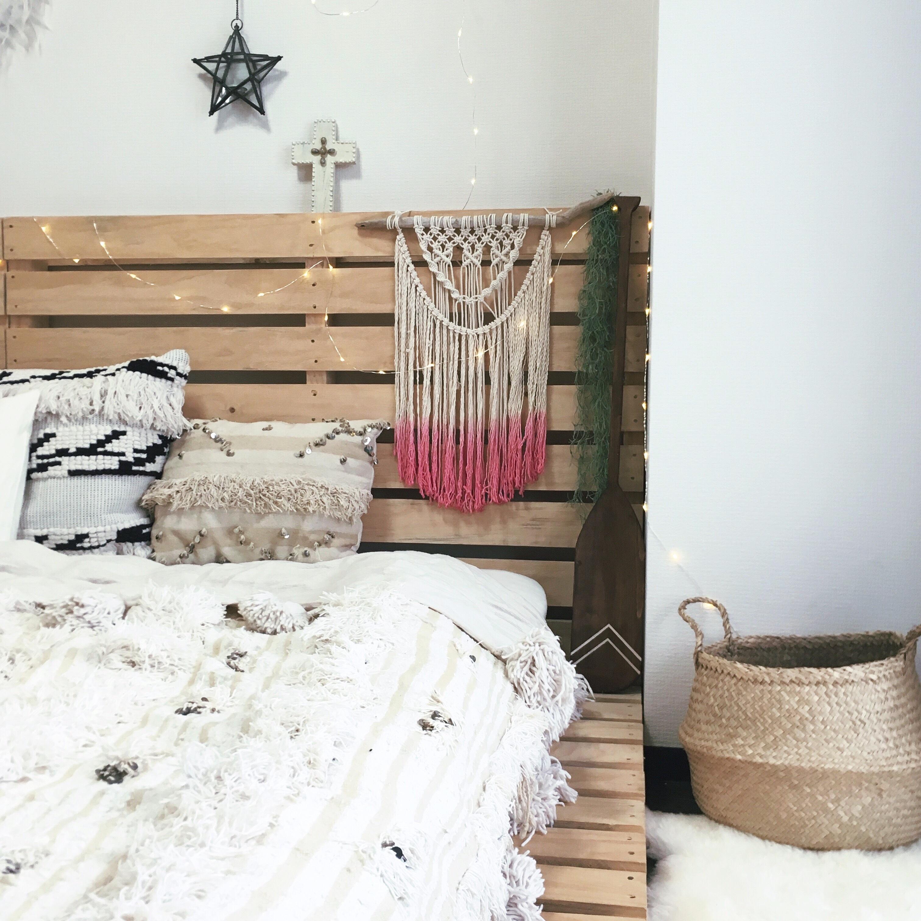 Macrame tapestry - dipdye pink -