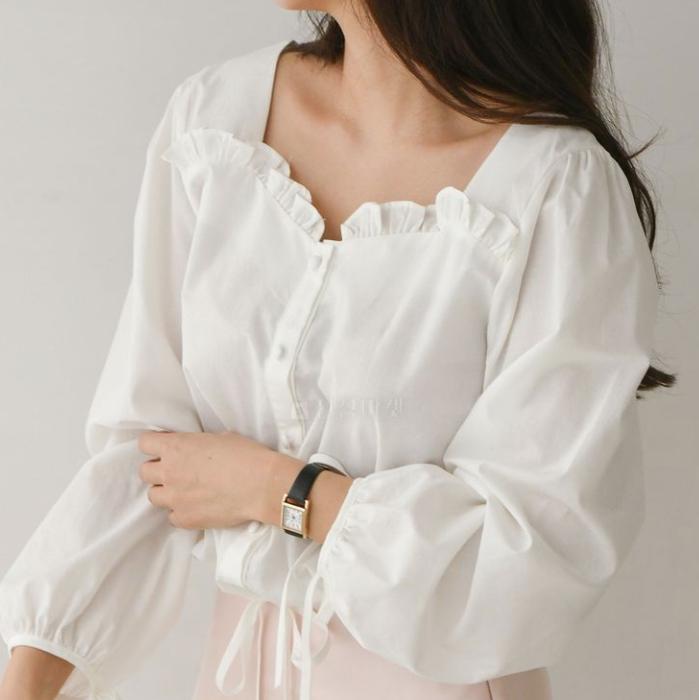 【送料無料】鎖骨が映える ♡ ガーリー 大人可愛い フェミニン スクエア フリル 裾絞り ブラウス シャツ トップス
