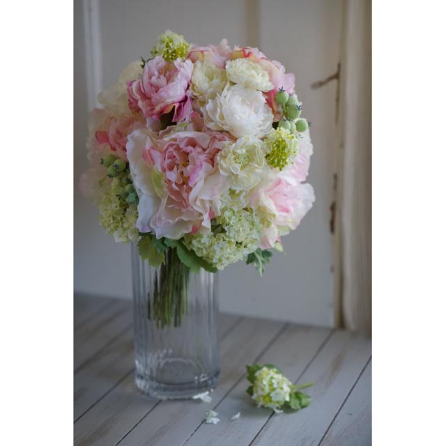 【3点セット】  ピンク芍薬とグリーンの実ものの  クラッチブーケ+ブトニア+花冠