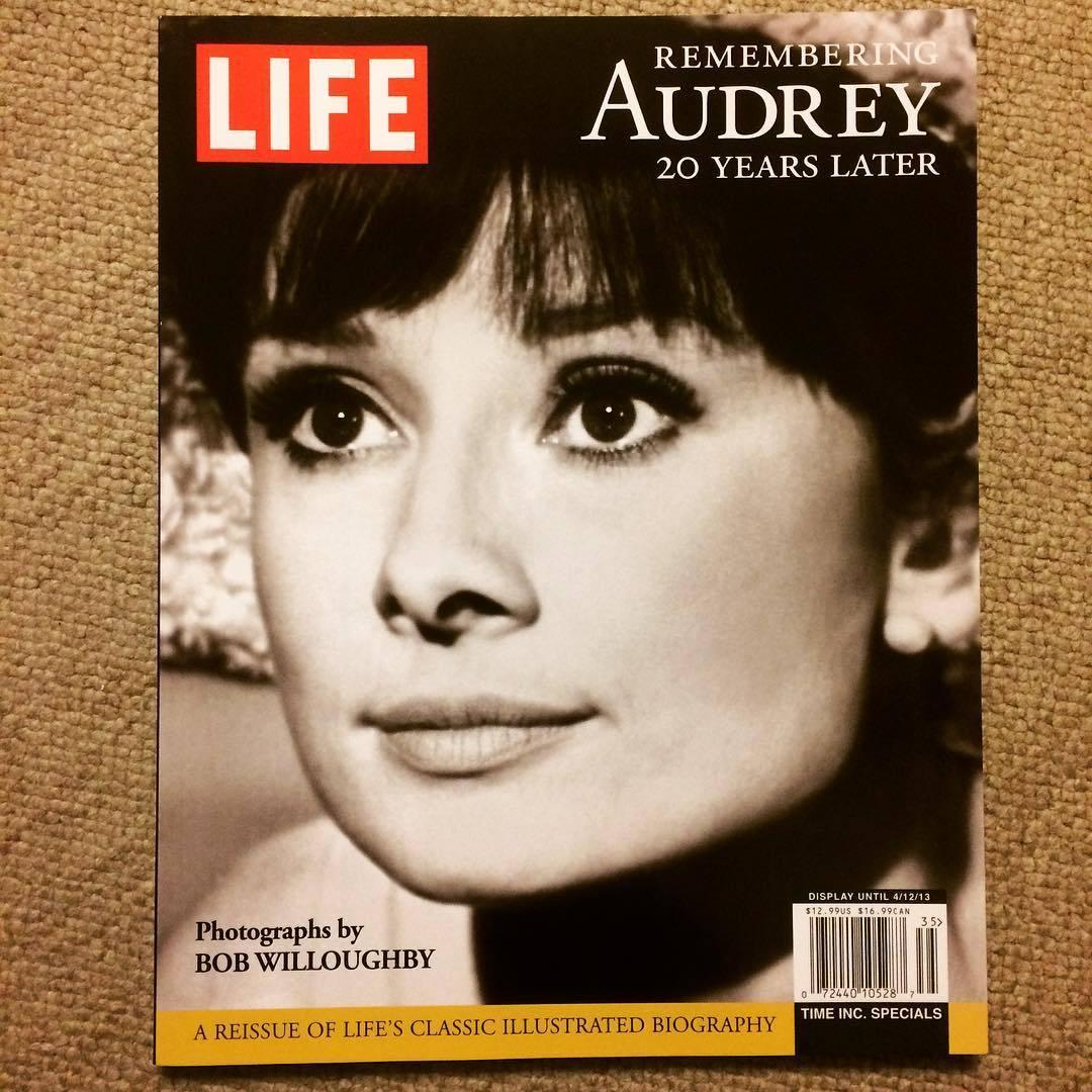 オードリー・ヘプバーン 写真集「Life: Remembering Audrey」 - 画像1