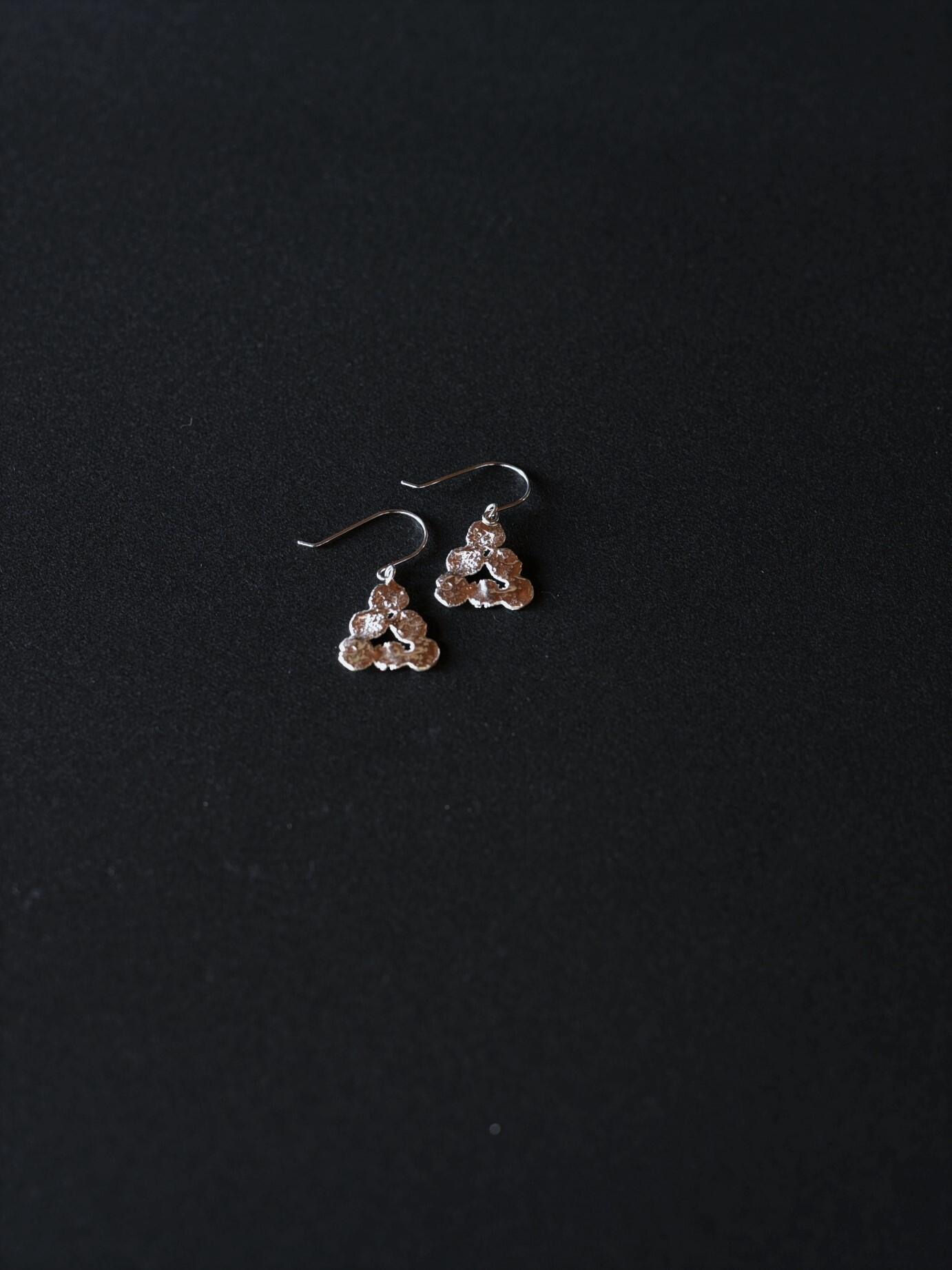 accessories mau|p15 まるまる三角ピアスフック / silver