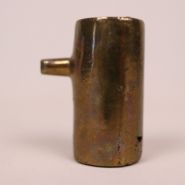 ペーパーウエイト /  1本鼻オブジェ / 真鍮製