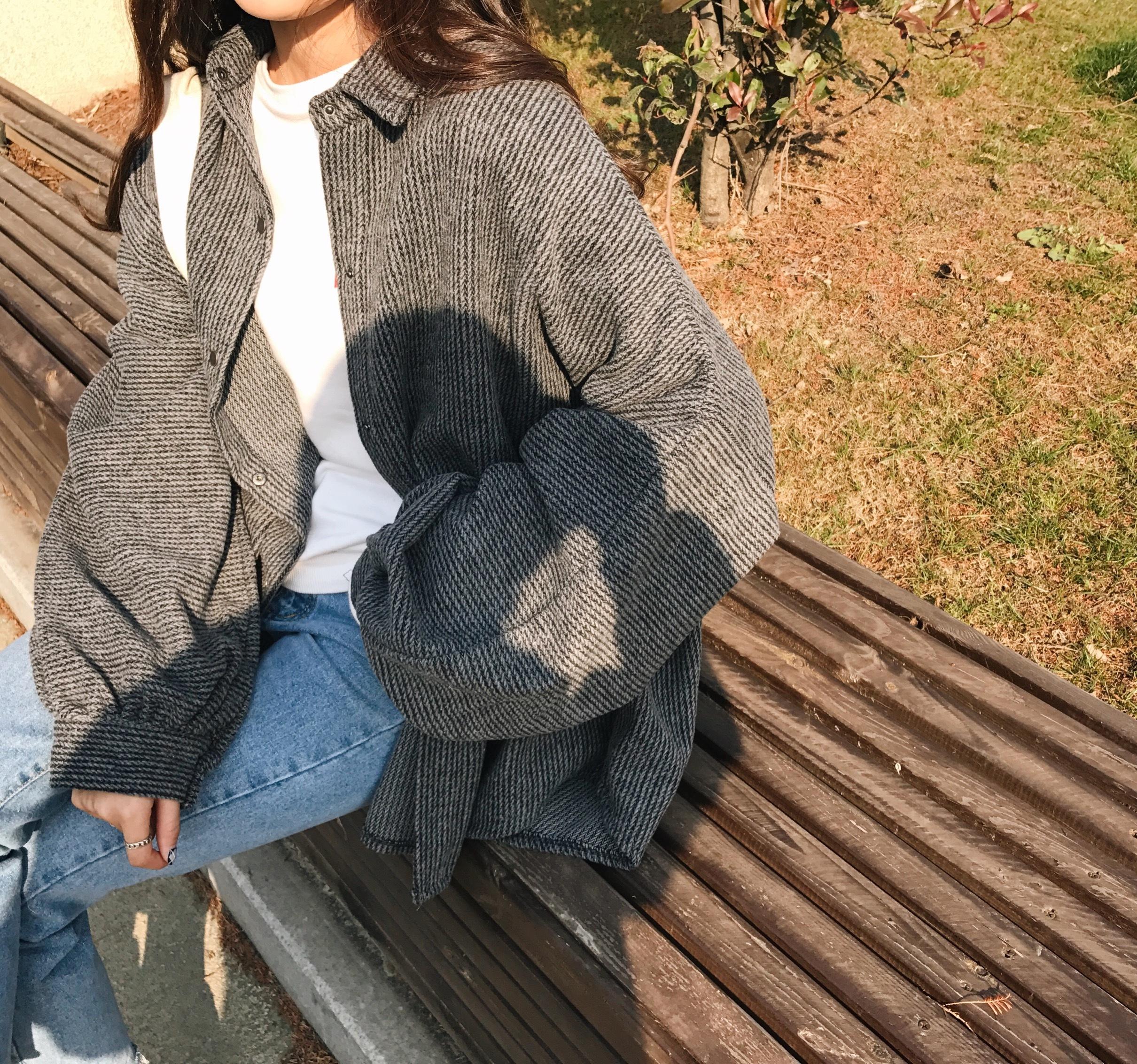 【送料無料】 ゆるジャケット♡ ボリューム袖 ウール シャツ ジャケット コート アウター