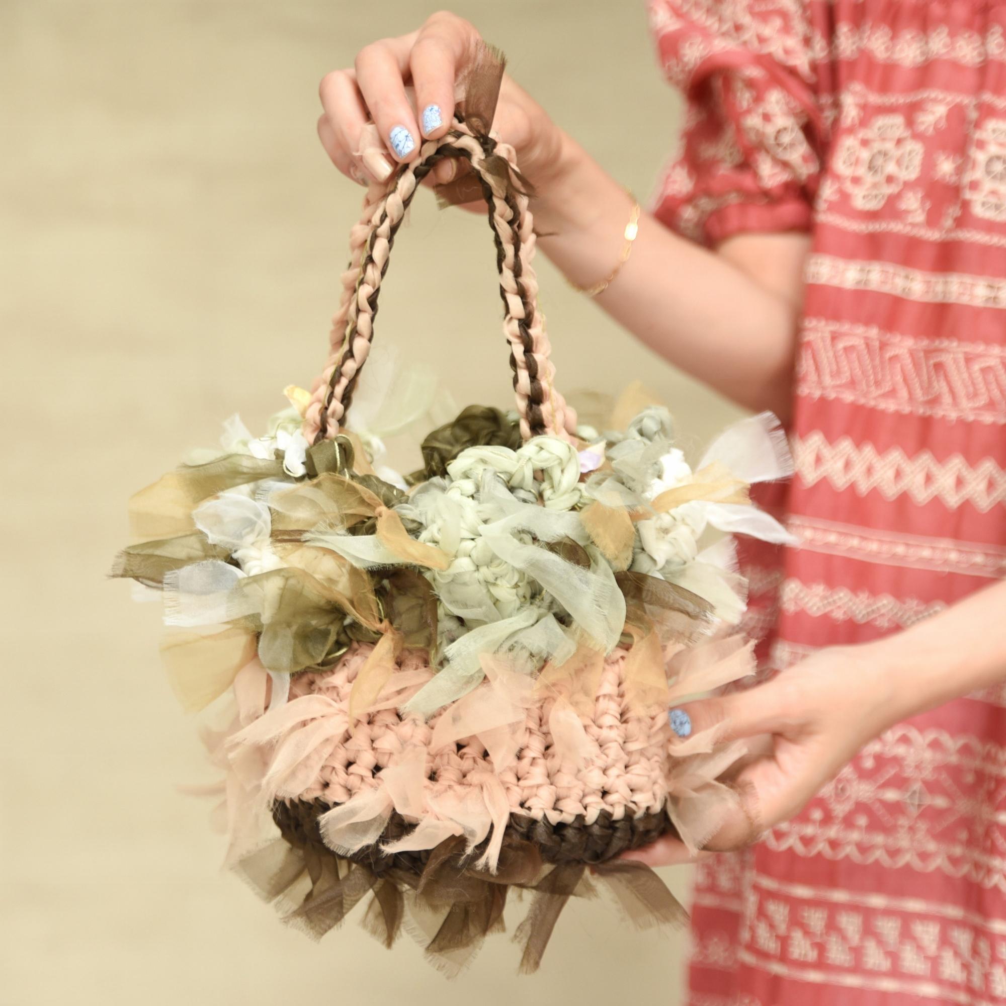 咲き編みグリーンバスケット