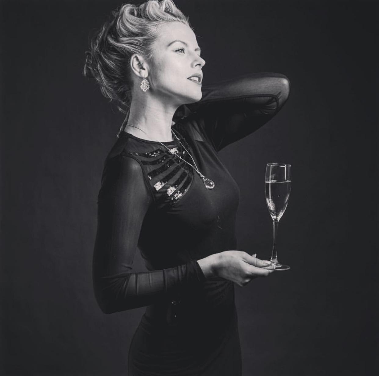 ビジュ・ドゥ・シャンパーニュ|「グットゥ・ドゥ・シャンパーニュ」ガラスジュエリー (シャンパーニュの雫)ペンダント|フランス製|アクセサリー
