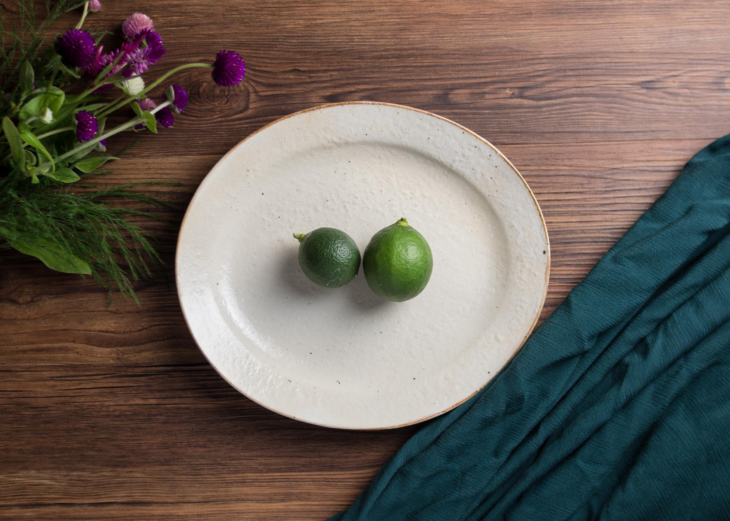 鉄散 楕円リム皿(⼤)オーバル 大皿 粉引/古谷 浩一