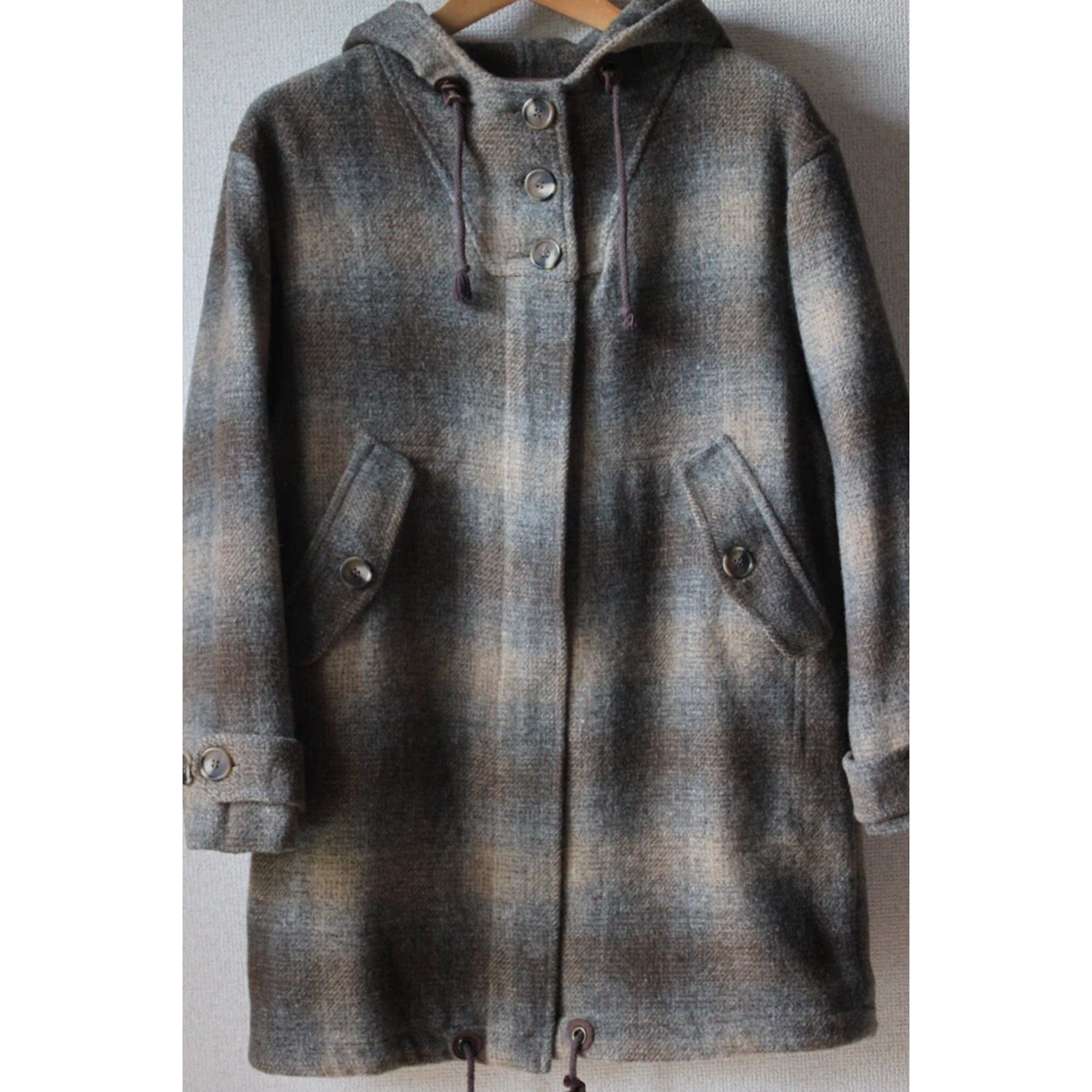 Vintage shadow check hooded coat
