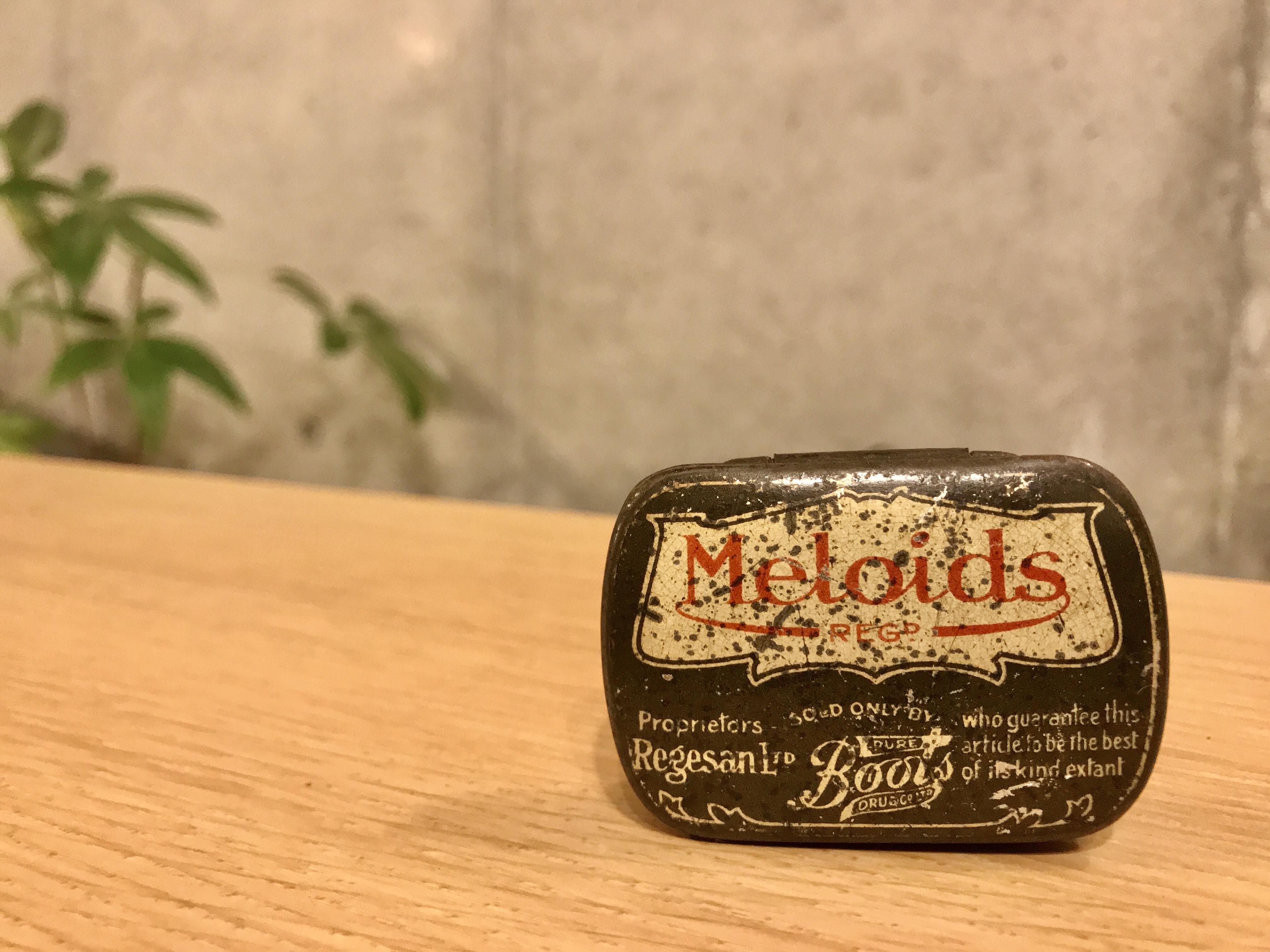 """ビンテージ スクエア缶 """"MELOIDS"""""""