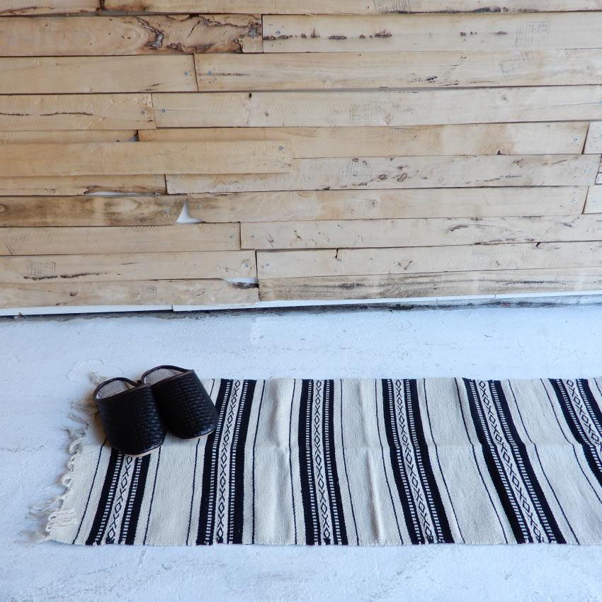ティサージュキッチンマット 45×120cm ホワイトxブラック - 画像1