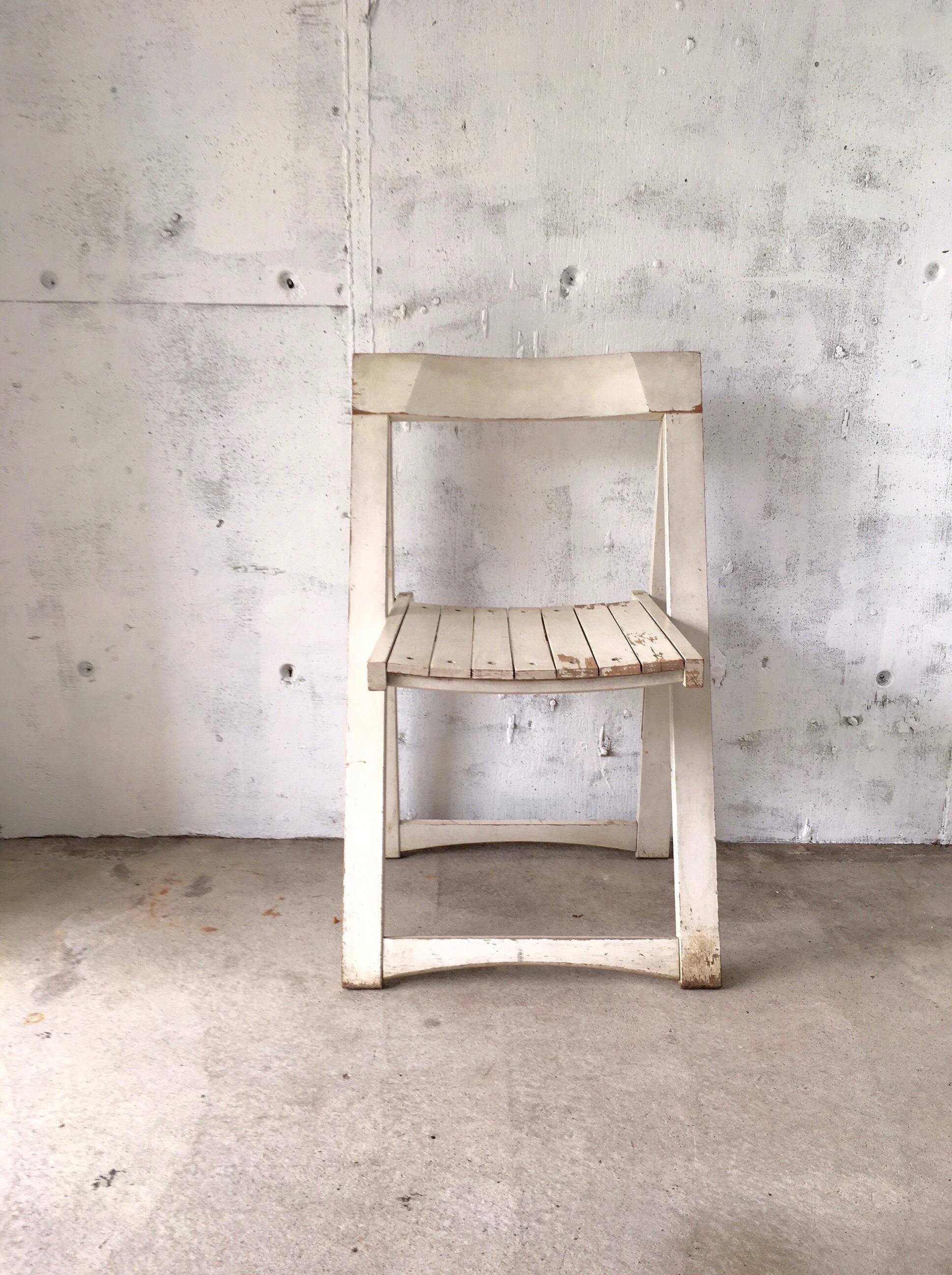 シャビーな折りたたみ椅子[古家具]