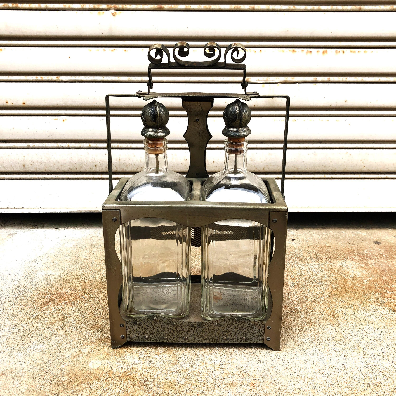 品番1119 リジュールデカンタ ワイン ボトル ビン 甲冑 兜 キャップ アイアン ヴィンテージ